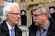 2014-04-01 Jahrestag Besetzung des hannoverschen Gewerkschaftshauses,(23) Bürgermeister Bernd Strauch und Bürgermeister Klaus Dieter Scholz im Gespräch