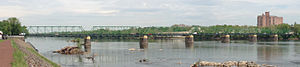 Calhoun Street Bridge - Panorama of the bridge from Morrisville