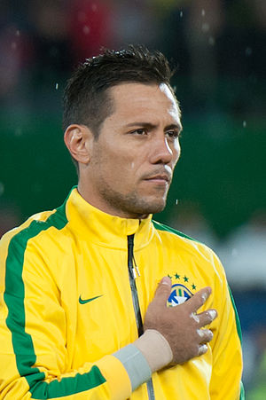 Diego Alves - Alves lining up for Brazil in 2014