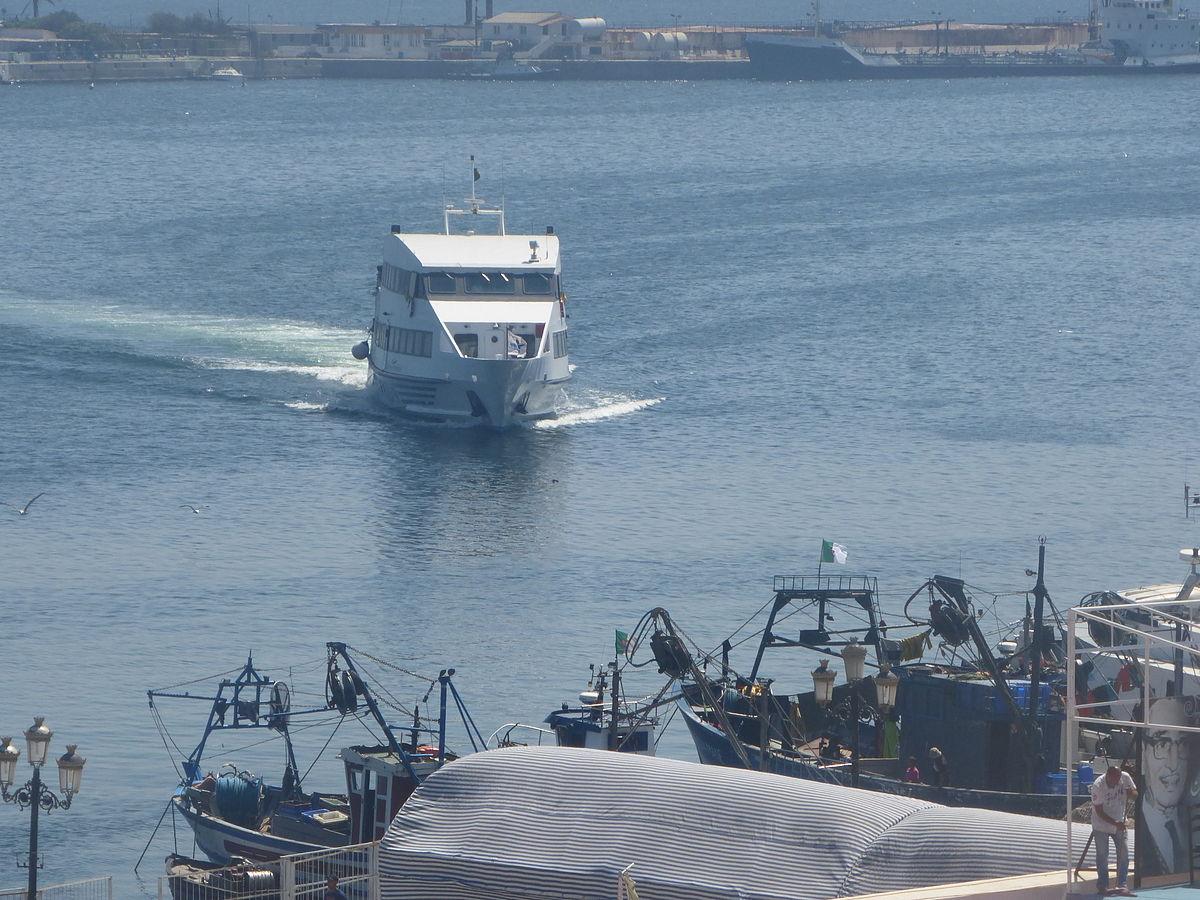 bateau algerie italie