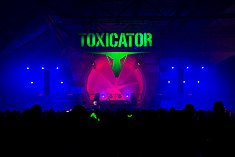2015339212355 2015-12-05 Toxicator - Sven - 1D X - 003 - DV3P9090 mod.jpg