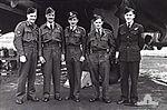 462 Squadron RAAF Halifax aircrew AWM P01523.014.jpg
