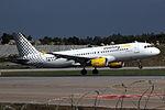 A320 Vueling EC-IEI 03.jpg