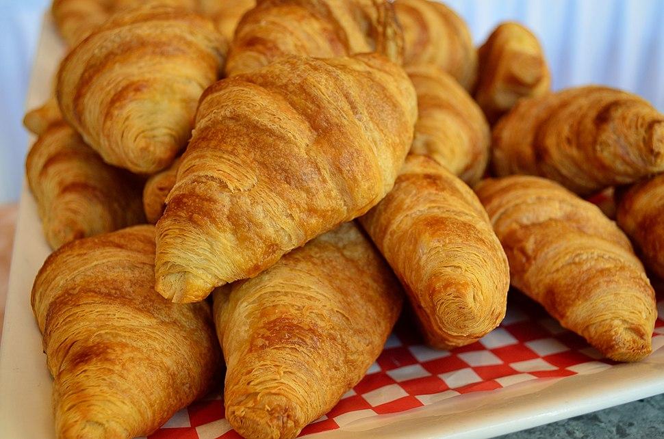 APileOfCroissants