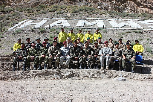 A class of international Service members attending the Nepal Army High Altitude and Mountain Warfare School in 2014