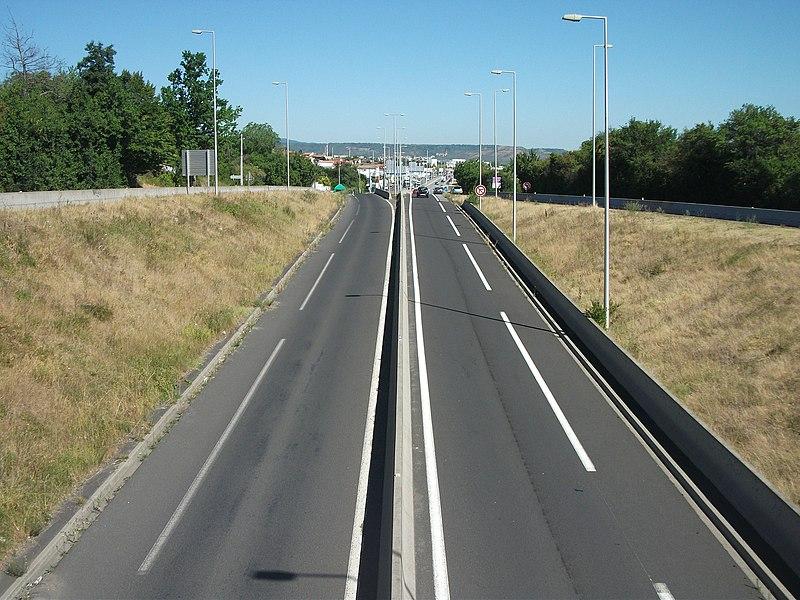 Access from A75 autoroute in the south of Aubière, Puy-de-Dôme, Auvergne, France. [8428]