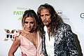 Aimee Preston & Steven Tyler (40704184782).jpg