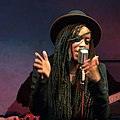 Akua Naru appeared with The Digflo Band in Vienna in 2015.jpg