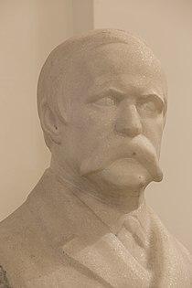 Alfred von Arneth - Bust in the aula of the academy of Sciences, Vienna - hu -8520.jpg