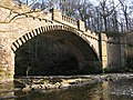 Almondell Bridge - geograph.org.uk - 694287.jpg