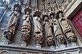 Amiens - La Cathédrale Notre-Dame d'Amiens 1220-88 - Le portail Saint-Firmin - The Saint Firmin Portal - Depiction in Statues of Saints with their Relics II.jpg