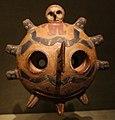 Ande centrali, costa del sud, paracas, maschera di essere con occhi, III-I secolo ac ca.jpg
