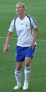 Anne Mäkinen footballer