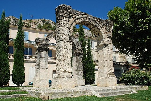 Arc de Triomphe, Cavaillon