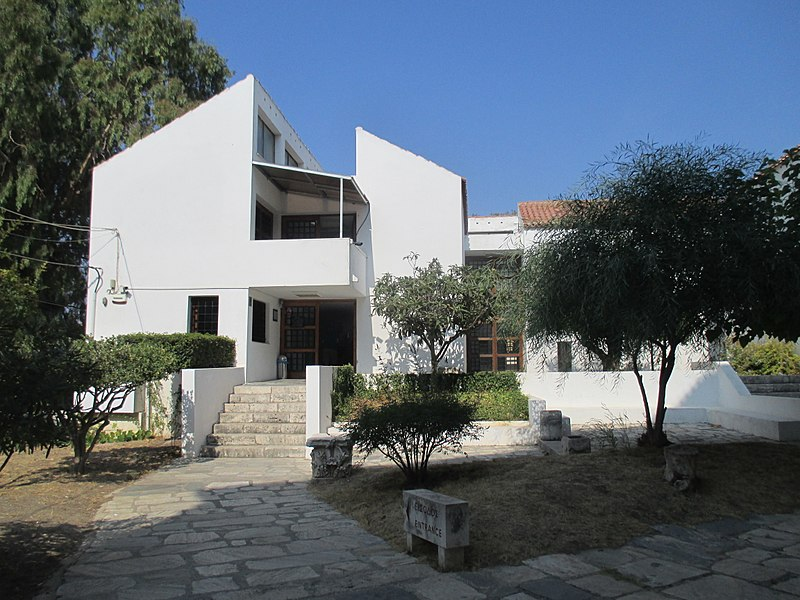 Tiedosto:Archaeological Museum of Samos 1.jpg