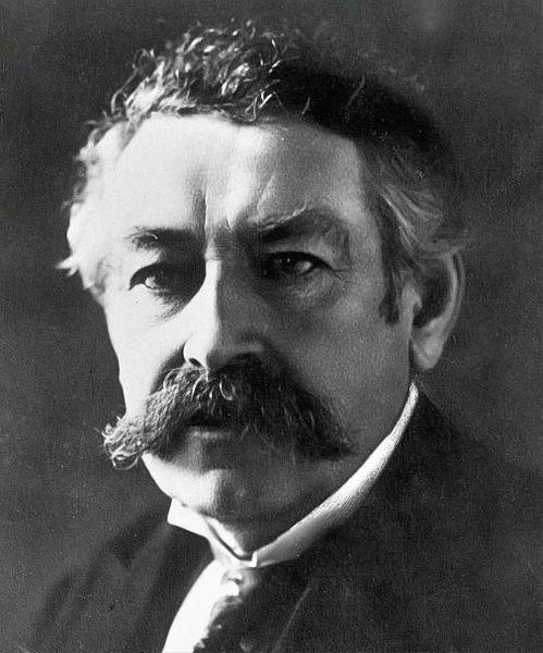 Аристид Бриан (28 марта 1862 года — 7 марта 1932 года) 6-ти кратный ПМ Франции