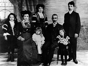 Armenian Americans - An Armenian family in Boston, 1908