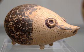 Aryballos hedgehog 600 BC Staatliche Antikensammlungen.jpg