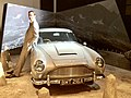 Aston Martin DB5, James Bond 01.jpg