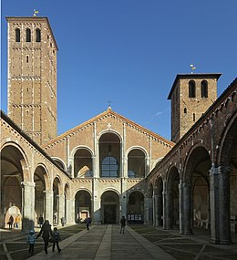 Atrium of the Basilica of Sant'Ambrogio.jpg