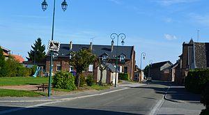 Aubigny-aux-Kaisnes - A road within Aubigny-aux-Kaisnes