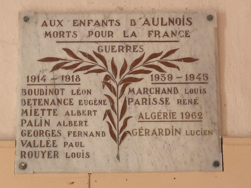 Aulnois sous Vertuzey (Meuse) Église Saint-Sébastien plaque monument aux morts