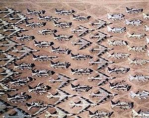 Aircraft boneyard - Boeing B-52s in storage or awaiting dismantlement in Arizona