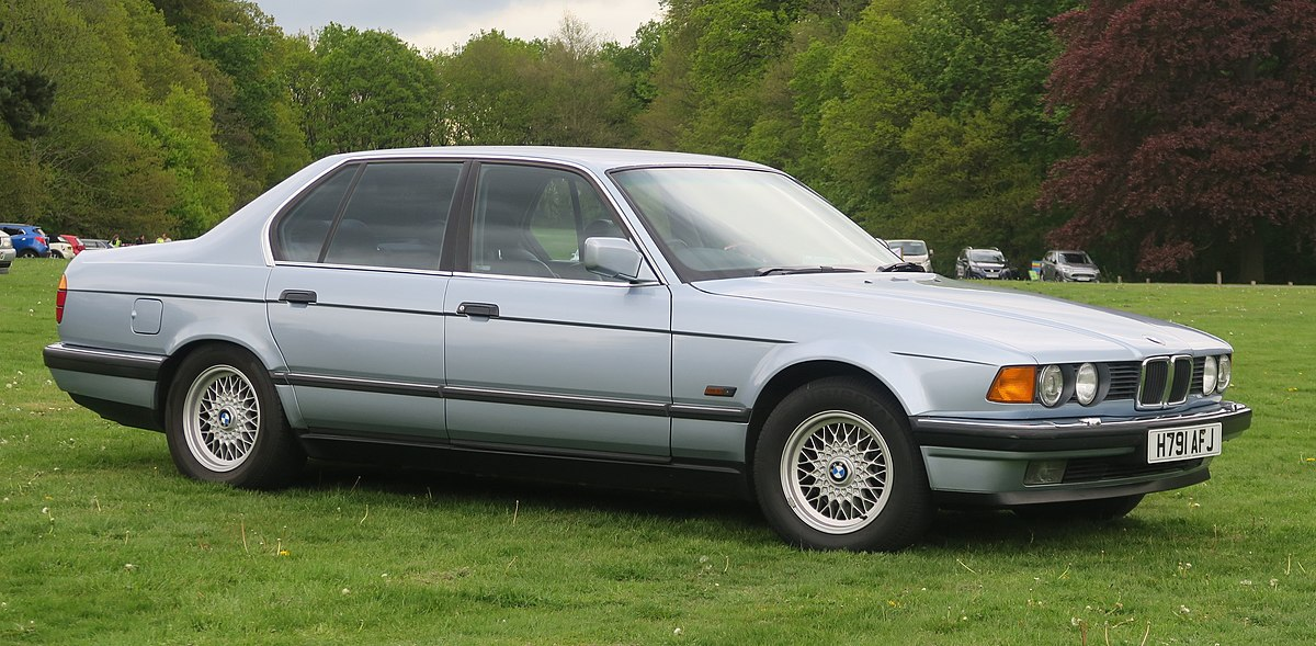 BMW 7 Series (E32) - WikipediaWikipedia
