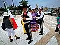 Ballarins del grup mexicà Espíritu Mexicano al Festichincha 2017.jpg