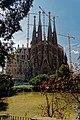 Barcelona - Plaça de Gaudí - View SW on La Sagrada Família - Nativity façade IV.jpg