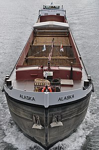 Barge Alaska on the river Seine 002.JPG
