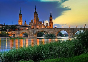 Cathedral-Basilica of Our Lady of the Pillar and the Puente de Piedra bridge on the Ebro River