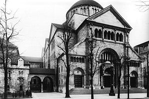 Fasanenstrasse Synagogue - Image: Berlin, Charlottenburg, Synagoge in der Fasanenstraße, Foto von Waldemar Titzenthaler