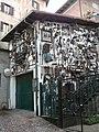Bienno,(valle Camonica) tapezzeria esterna - panoramio.jpg