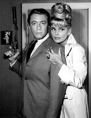 Susanne Cramer - Cramer with Bill Bixby in My Favorite Martian (1965)