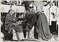 Bisschop Bomers zet de mijter op het hoofd van zijn hulpbisschop monseigneur Lescrauwaet, in de Kathedraal St. Bavo. NL-HlmNHA 54014444.JPG