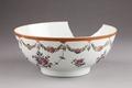 Blommig skål från Kina - Hallwylska museet - 95655.tif