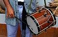 Blusa tocando el tamboril.jpg