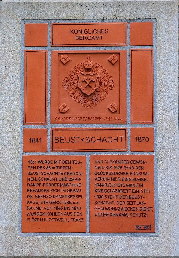 File:Bockraden Schachtgebaeude Beustschacht Gedenktafel 01.jpg ...