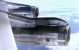 Nacelle - Engines in nacelles on a Boeing 707