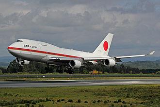 Prime Minister of Japan - Image: Boeing 747 20 1101 Forza Aerea Xapón 2