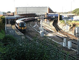 Bournemouth, train at platform 3 - geograph.org.uk - 617506.jpg