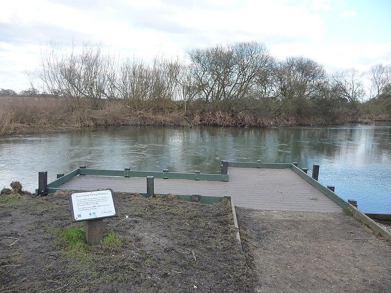 File:Bournemouth , River Stour Fishing Platform - geograph.org.uk - 1704380.jpg