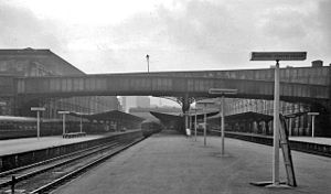 Bradford Forster Square railway station - View southward, towards buffer-stops in 1961