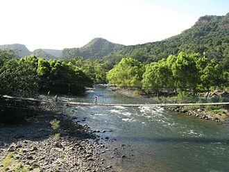Jalcomulco - Footbridge across Río Antigua (Río de los Pescados Section), Jalcomulco