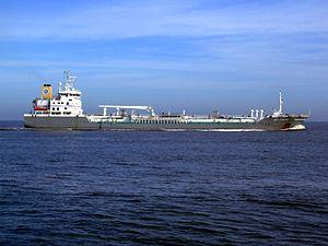 Bro Sincero p5 approaching Port of Rotterdam, Holland 08-Mar-2007.jpg