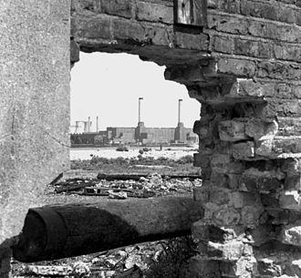 East India Docks - Brunswick Wharf Power Station, 1974