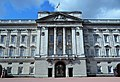 Buckingham Palace balcony (1).jpg