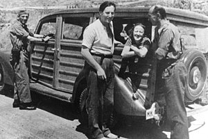 Nordahl Grieg - Grieg as a war correspondent in Spain in 1937, with Gerda Grepp and Ludwig Renn
