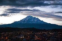 Il Chimborazo visto da Riobamba.